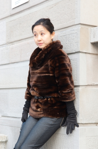 fur-pullover-outside-front